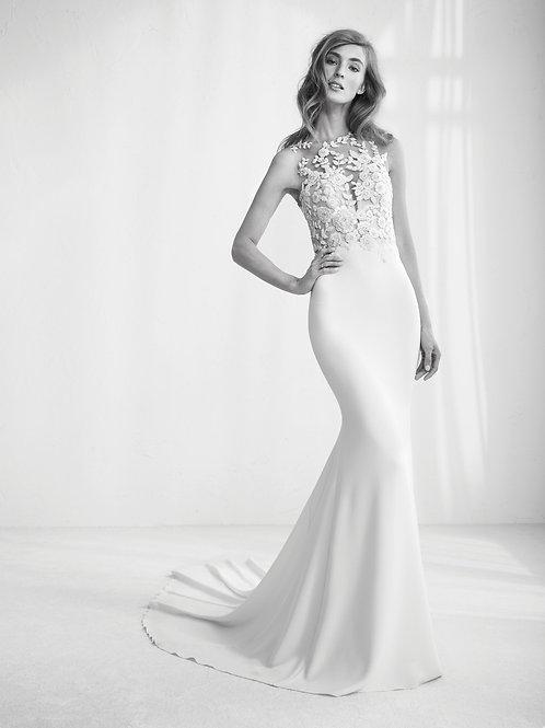 Raika bridal gown