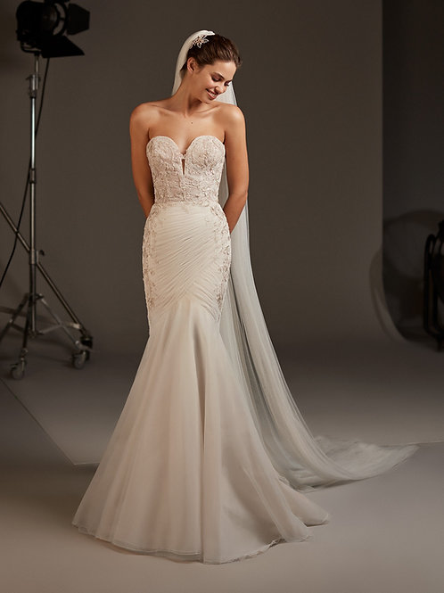 Halo wedding dress