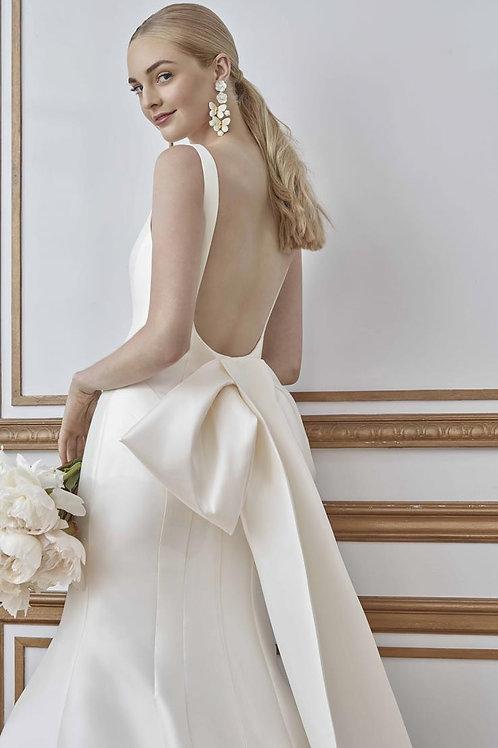Ren wedding gown