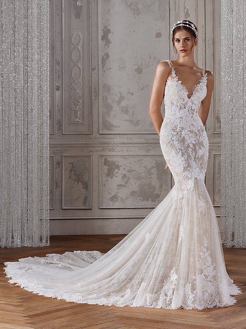 Kalania bridal gown