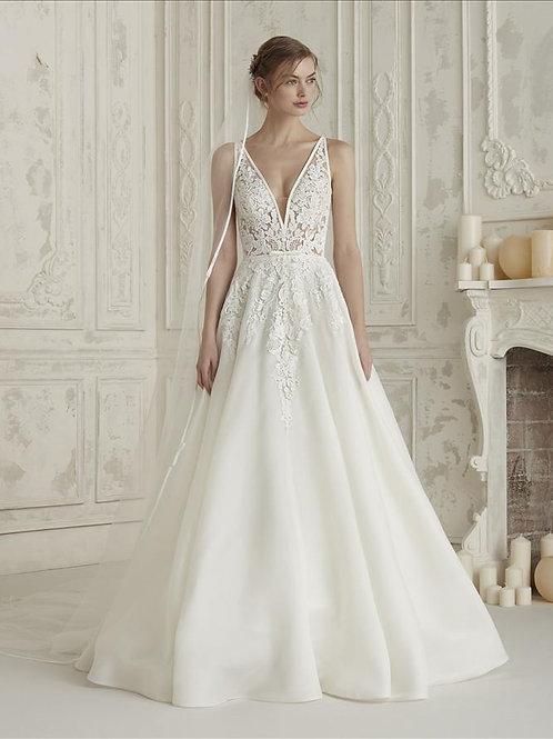 Elis bridal dress