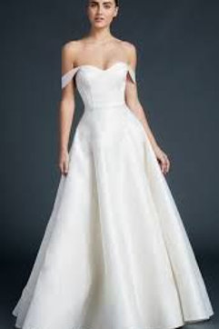 Pei wedding gown