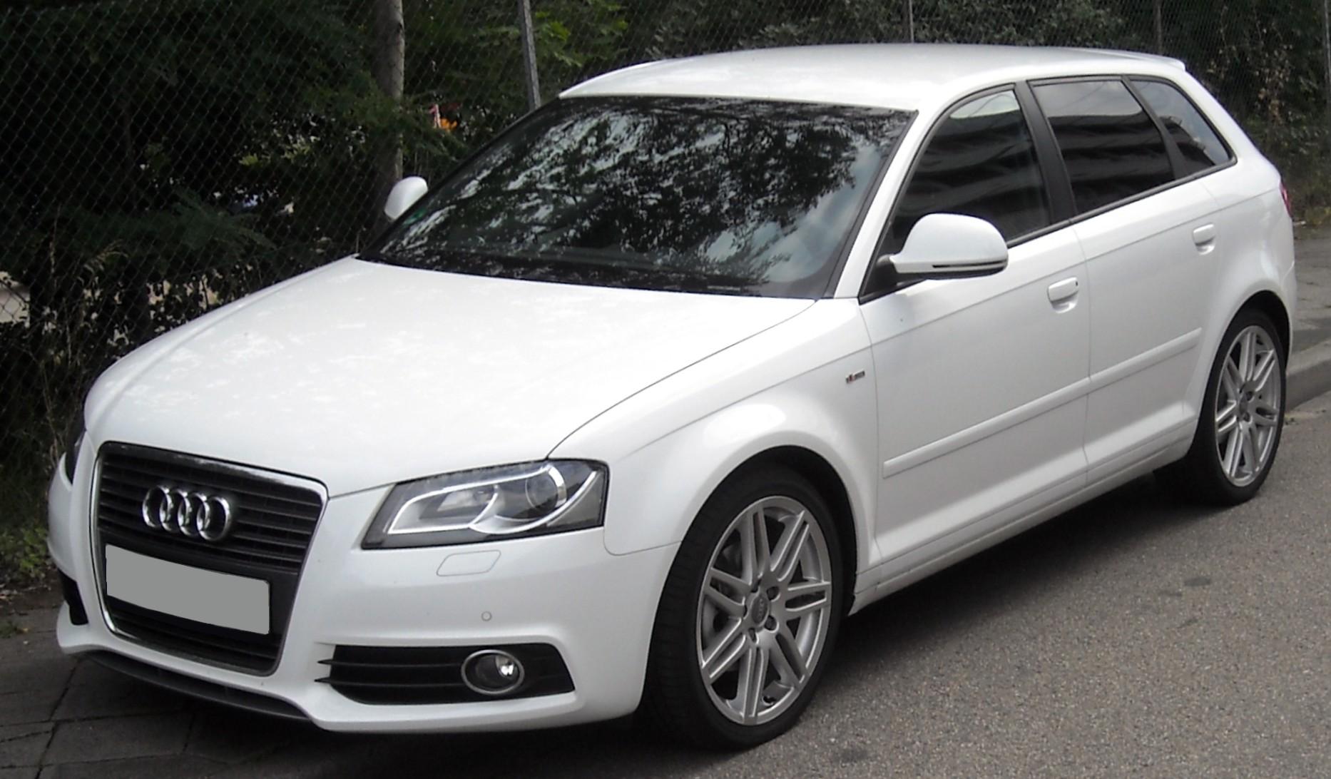 Audi_A3_Sportback_front_20090714