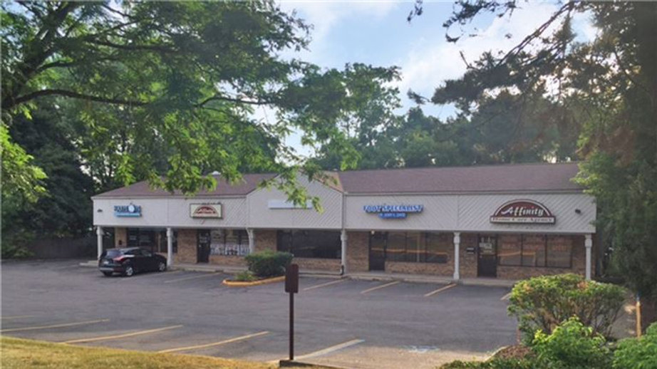 **SOLD!!** Retail Plaza, Oakland County, Asking $629,000