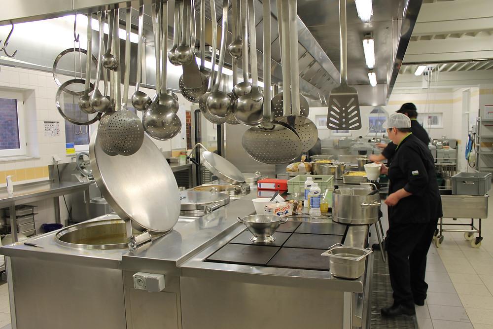 Een keuken vol benodigdheden om eten te bereiden voor de bewoners van Ter Heide