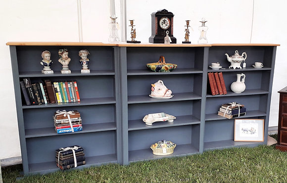 Large breakfront library bookcase