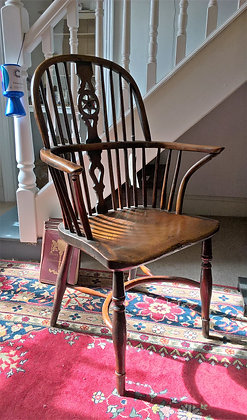 Early 19thc Yew and Elm Wheelback Chair