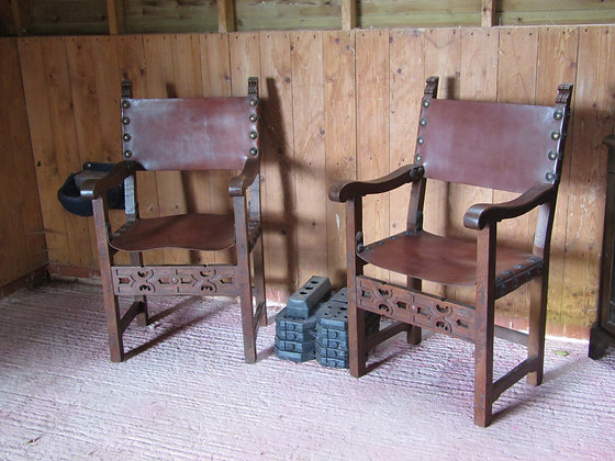Pair of Spanish-style Leather-seated Oak Throne Chairs