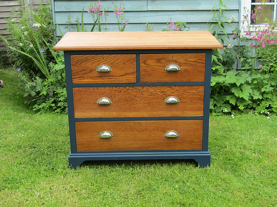 Edwardian Oak Chest of 2 over 2 Drawers
