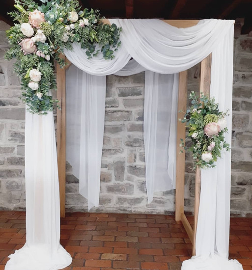 Melbourne wedding hire ceremony archway flowers