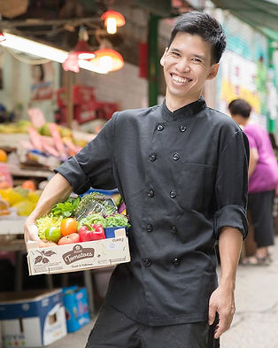 our professional chef can serve in real time dishes catering