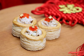 It's good choice to order La casa catering deluxe Chinese party set in hong kong mother day