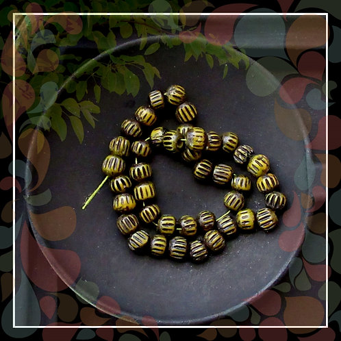 Rustic Carved Bone Small Rondelle Bead/Olive Green Black/5x4mm/Pkg. 40