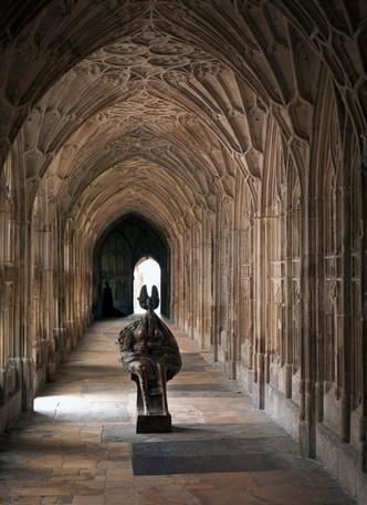Queen in Gloucester Cathedral
