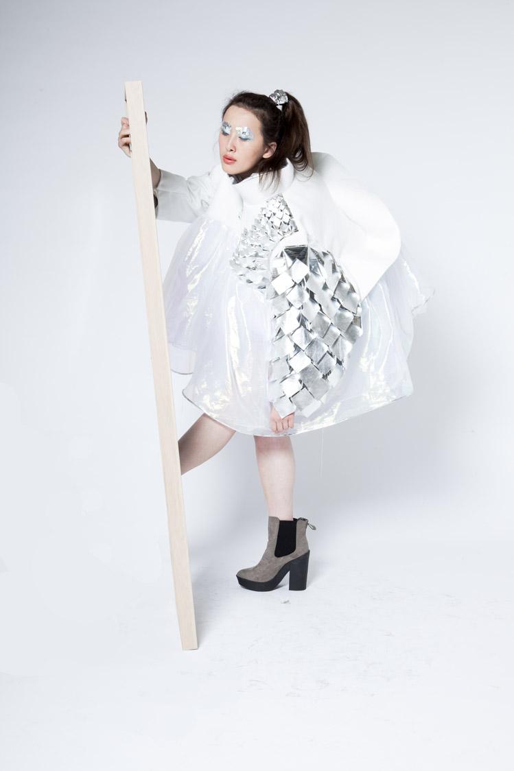 Ying-Ying_Glass_1