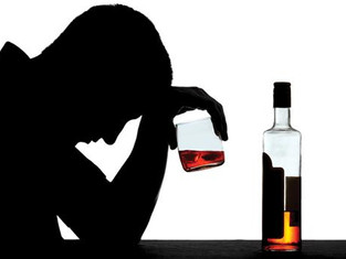 Watch out! Drinking Alcohol Might Cause Your Hair Loss Even Worse|喝酒到底与脱发有些什么关系?