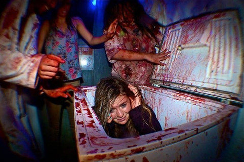 The World's Best Haunted House Theme Parks