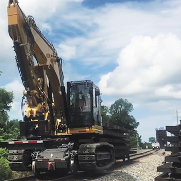 hi rail trackhoe.jpg