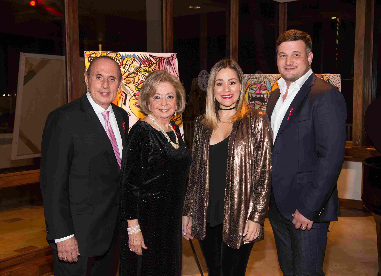 Pepe Freixas, Dra. Isabel Betancourt, Gloria Ordaz y Henry Parra-41