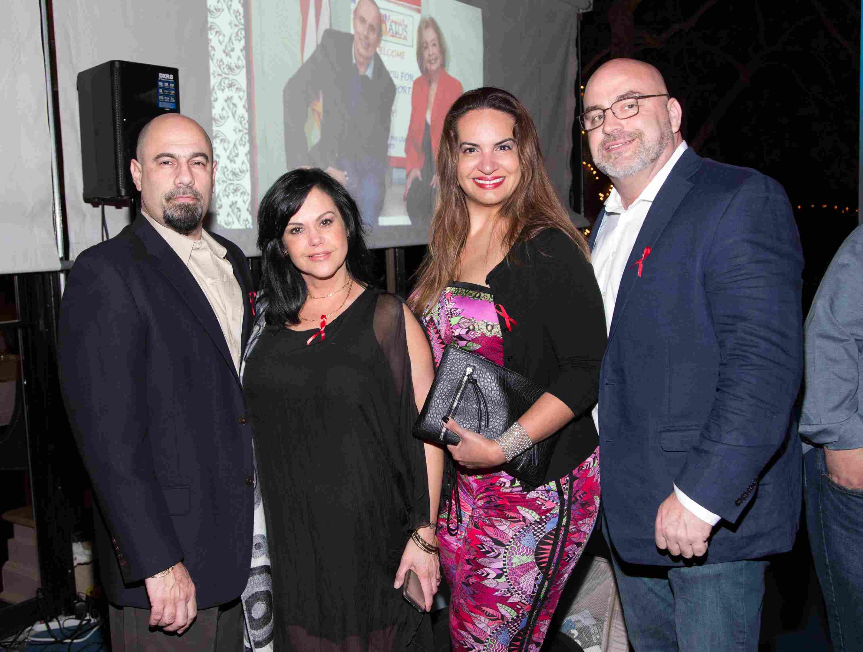 Rey Perez, Elba Perez, Patricia Gonzalez y William Beasley-113
