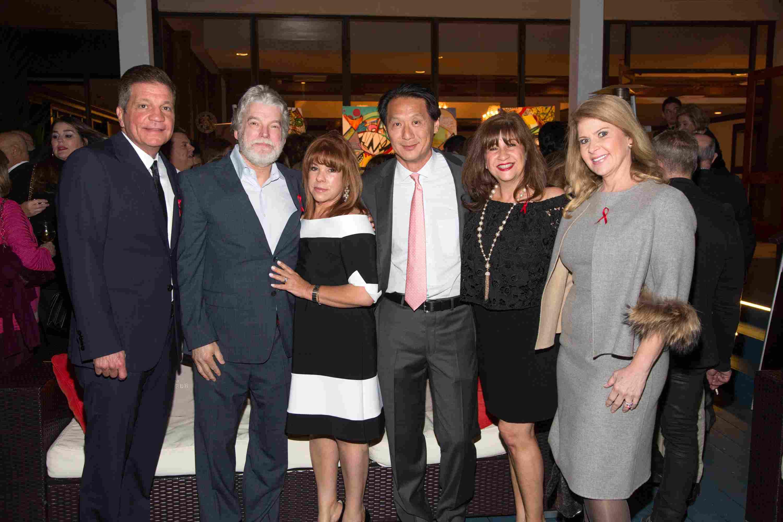 Dr. Jose Armas, Michael Bailey, Maria Labara, Chai Assapimon Wait, Zully Montero y Dr. Ada Armas-76