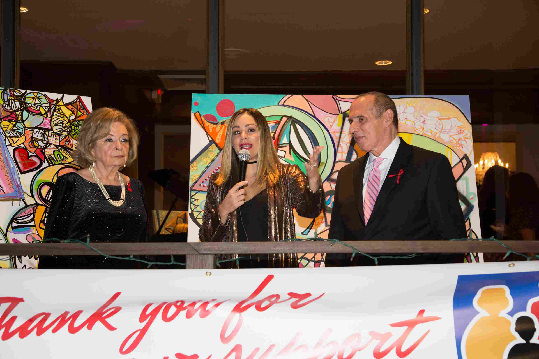Dra. Isabel Betancourt, Gloria Ordaz y Pepe Freixas-106
