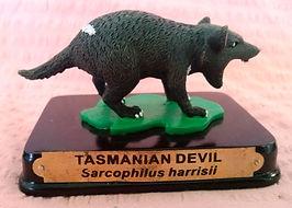 Tasmanian_Devil_souvenir_statue.jpg
