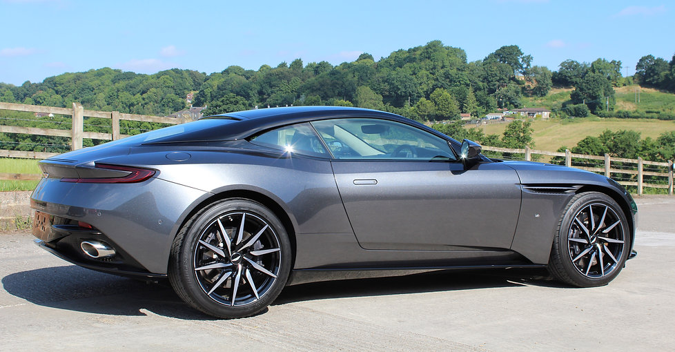 Aston Martin DB11 Gyeon Duraflex