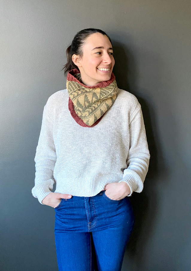 Shik'is Cowl knit in MO Minis Rustic DK, Garnet, Evergreen and Honey colors.