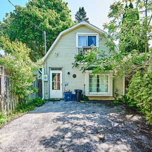 4993 Old Brock Rd, Claremont-010 CARRIAG