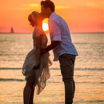 darwin elopement, sunset shot