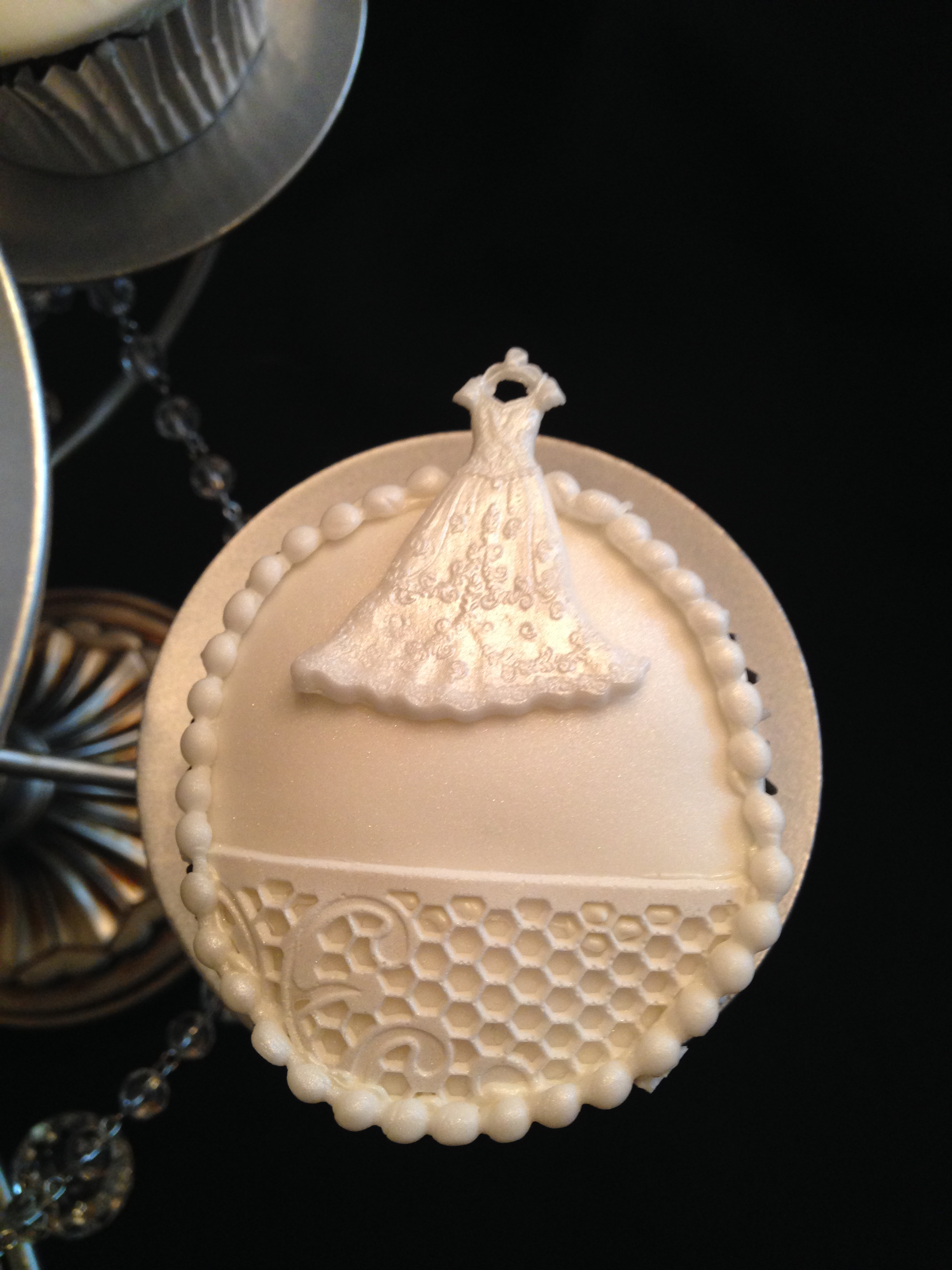 Wedding Dress Detail Cupcake