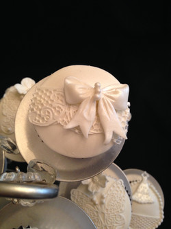 Lace and Bow Detail Cupcake