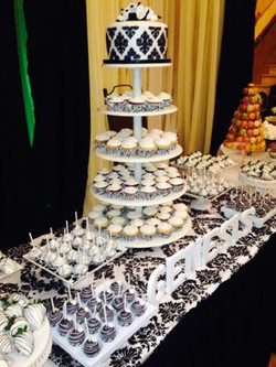 Black and White Damask Table