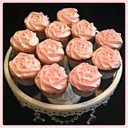Pink Rose Detail Cupcakes