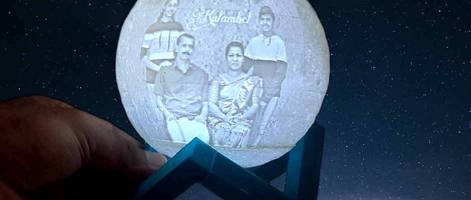 Personalized 3D Moon Lamp with Photo and Message Customization