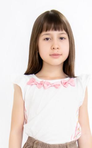 名前:EKATERINA 身長:125㎝ シューズサイズ:20㎝ 誕生日:2011.4