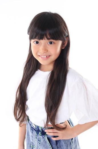名前:HIMARI 身長:127cm シューズサイズ:19.5cm  誕生日:2012.1