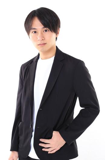 SHIRO    身長:170cm   シューズサイズ:27.5cm    誕生日:1991.11