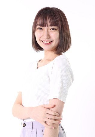 名前:ARISA 身長:165cm シューズサイズ:25.0cm 誕生日:2002.11