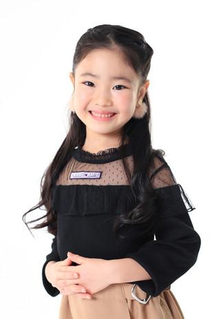 名前:YUUA 身長:114㎝ シューズサイズ:18.0㎝ 誕生日:2014.10