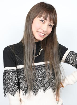 名前:YUKA 身長:168㎝ シューズサイズ:23.0㎝ 誕生日:1982.10
