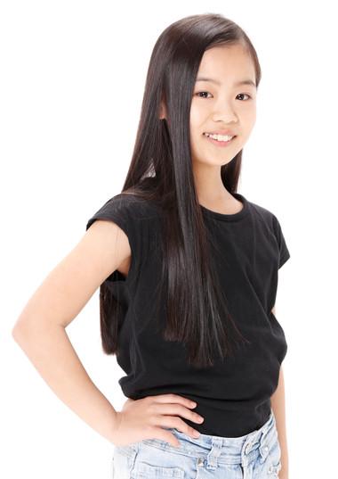 名前:MIYU 身長:137cm シューズサイズ:22.0cm  誕生日:2009.3