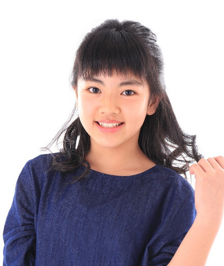 名前:MIU 身長:153㎝ シューズサイズ:23.5㎝ 誕生日:2006.3