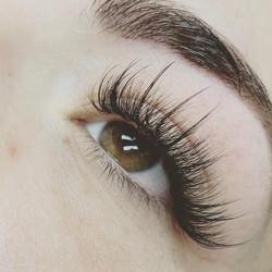 beautiful-lash-extension