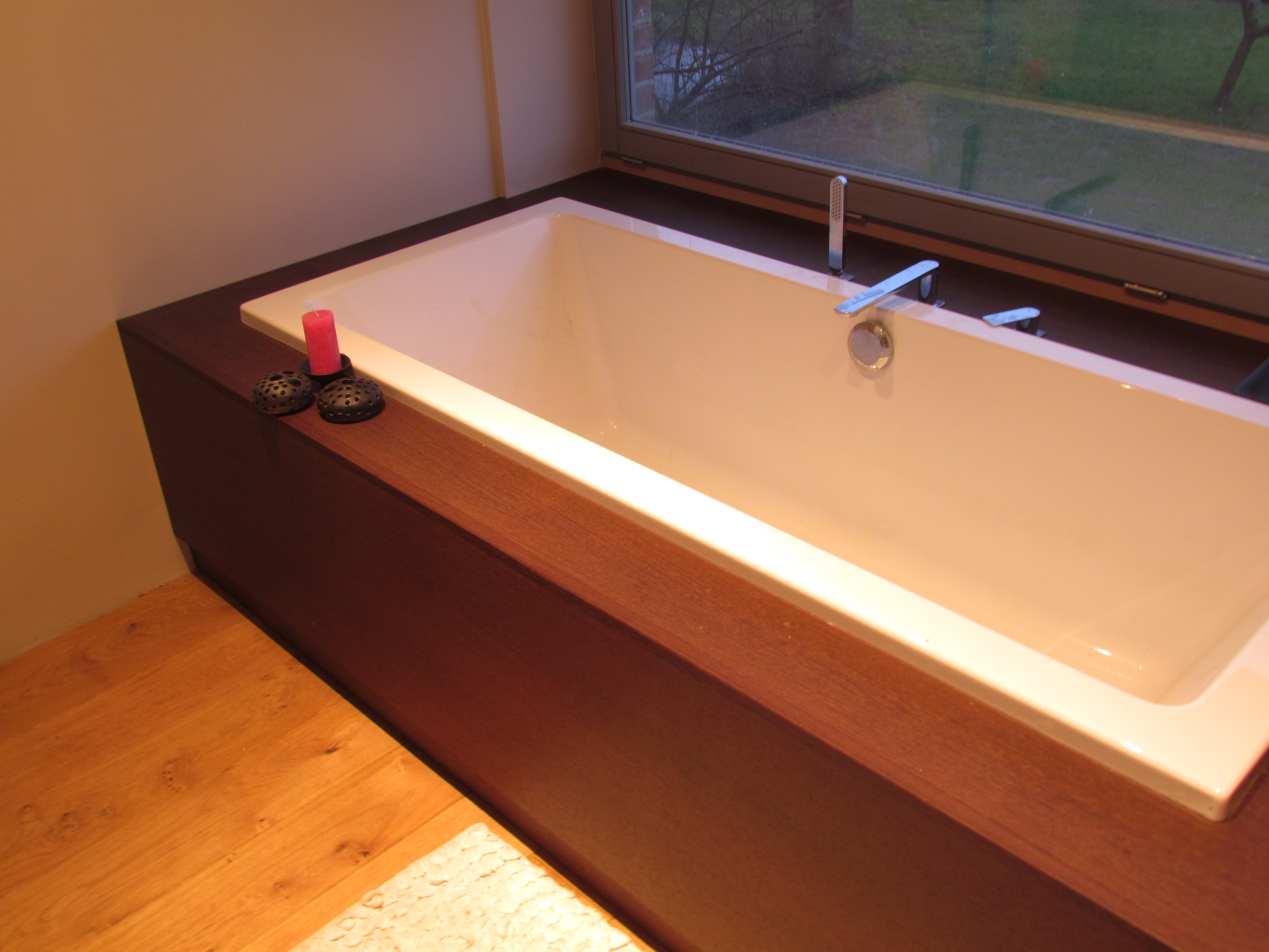Salle de bain en Wengué