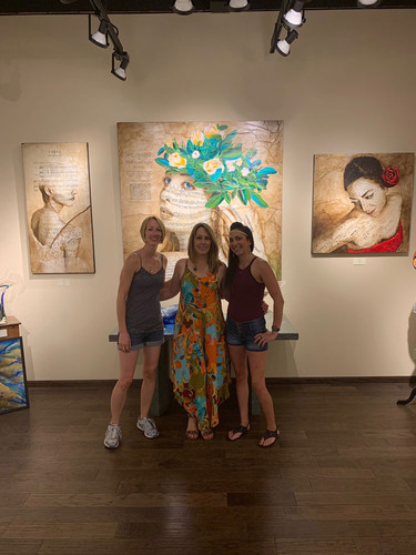 Julie Anna with art models