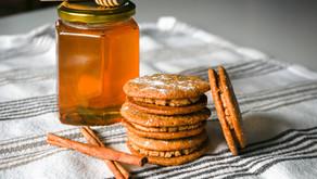 Blog Hop Cookie Swap: Peanut Butter Sandwich Cookies with Honey Cinnamon Filling