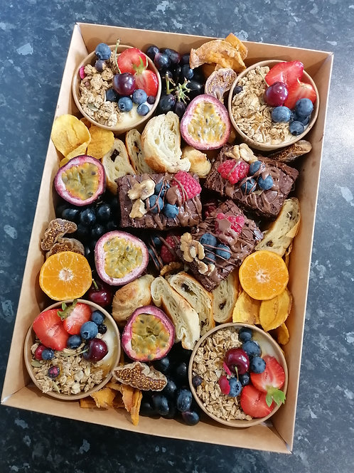 THE SWEET BRUNCH CRAZE BOX  (feeds up to 4)