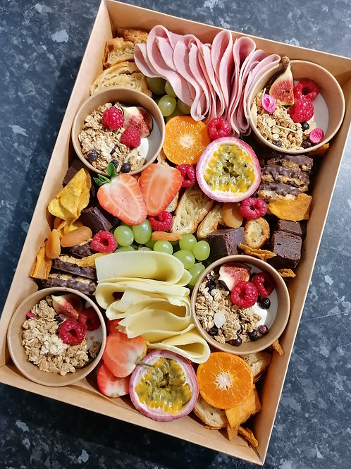 THE BRUNCH CRAZE BOX  (feeds up to 4)